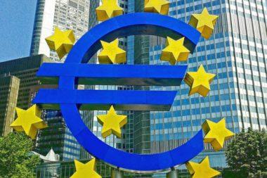 Steuergelder Euro Zeichen