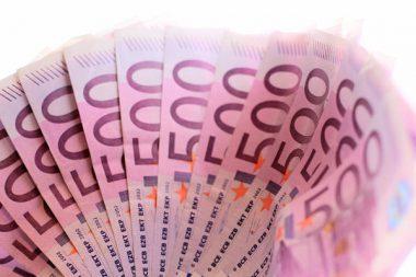 Geld Euro Einnahmen Bilanz
