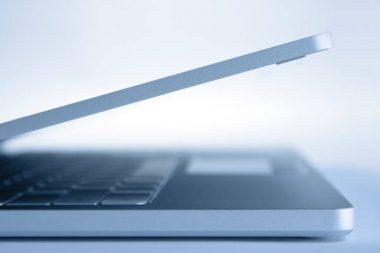 Laptop elektronische Buchhaltung Software