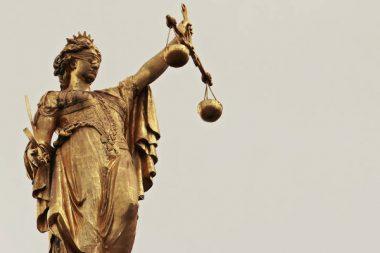 Justitia Urteil Gericht